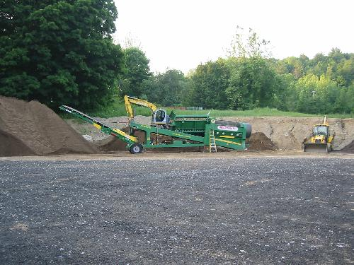 100 all natural mulch topsoil and composts for Topsoil screener